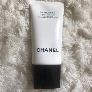 Chanel skincare - La Mousse cleansing cream